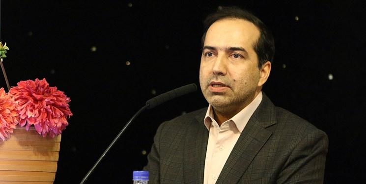 واکنش حسین انتظامی به اسامی غیرایرانی فیلمها