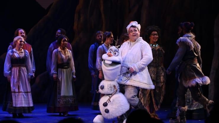 پرده آخر نمایش موزیکال «یخزده»