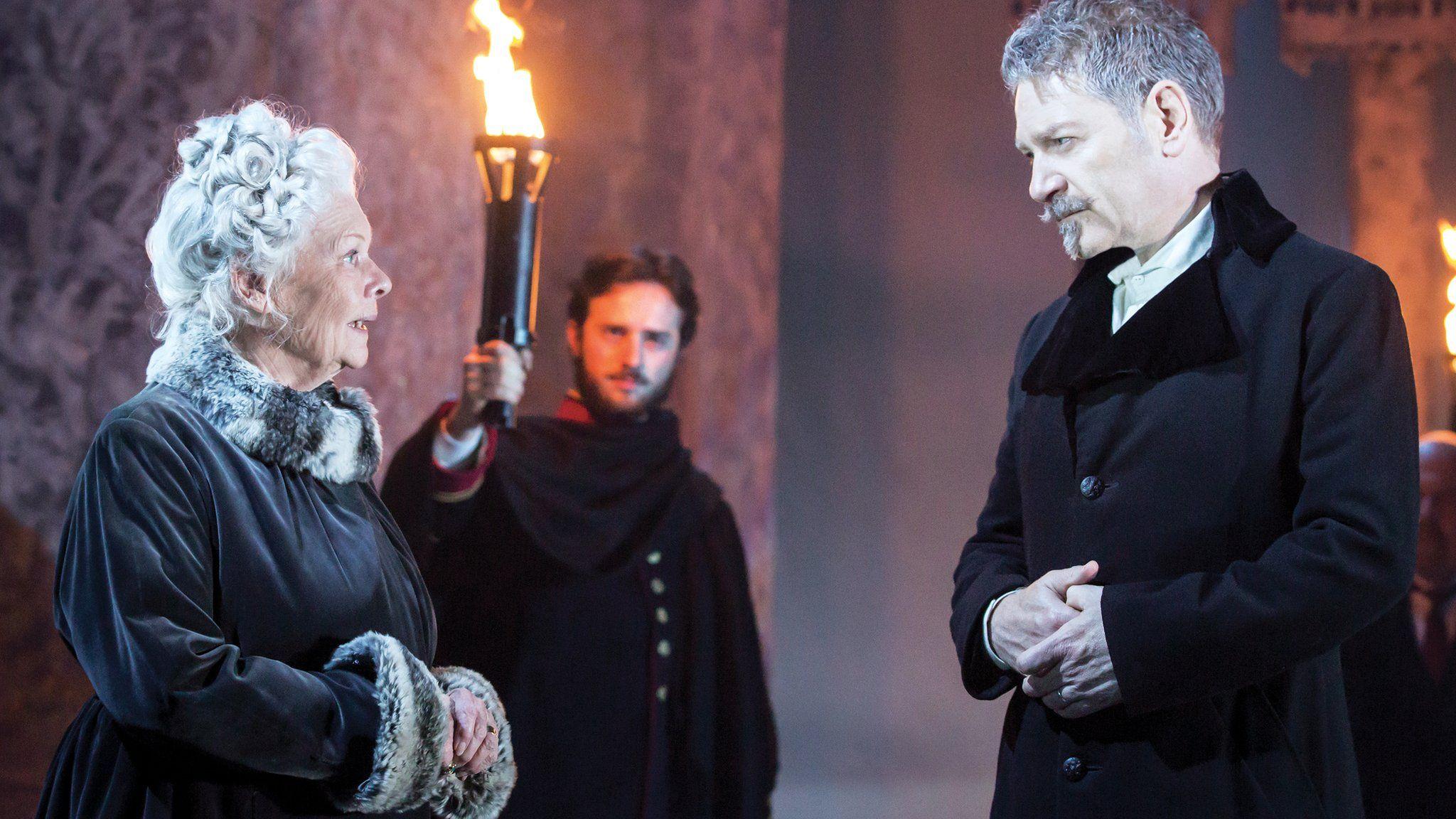 برای نجات تئاتر انگلستان به کمک دولت نیاز است